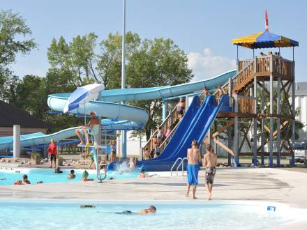 Winkler Aquatic Centre