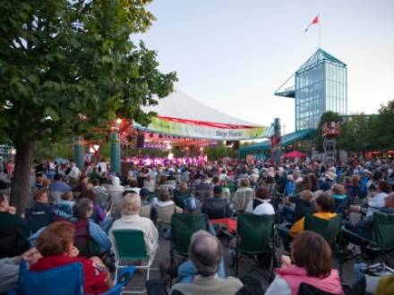 The_Forks_North_Portage_Partnership_-_The_Forks_Market_Plaza_&_Festival_Park.jpg