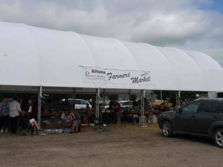 Altona Farmers' Market