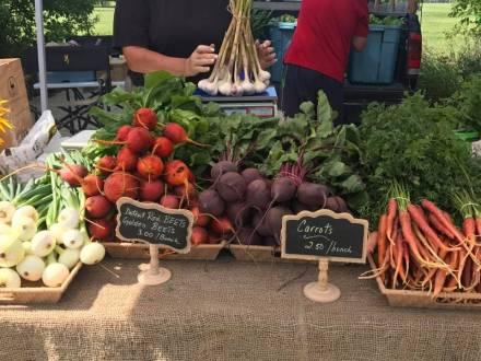 East St. Paul Farmers' Market